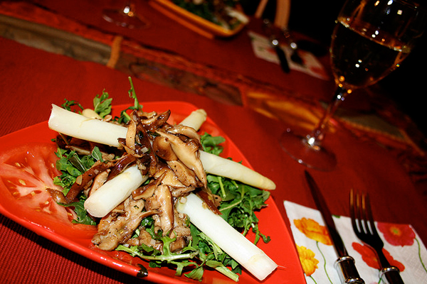 White Asparagus Salad with Warm Shitake Dressing