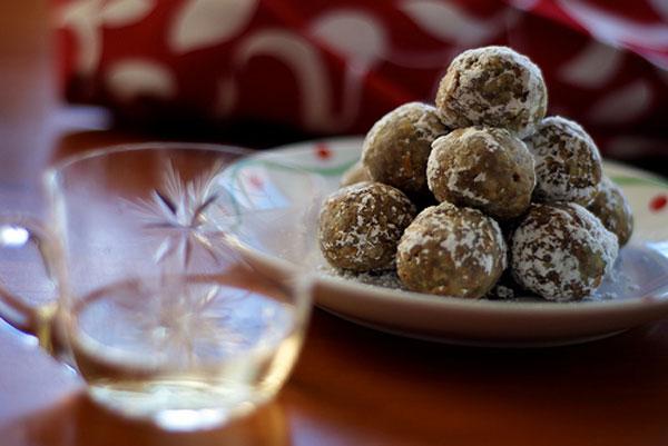 December Cookies: Rum Balls
